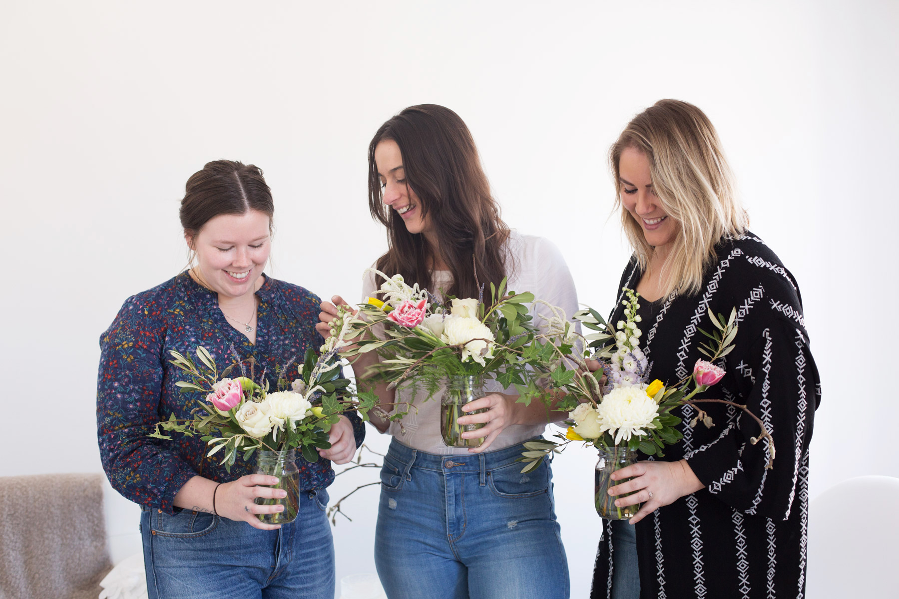 barrie flowers, barrie floral workshop, barrie social project, barrie social media, social media strategist, creative collaboration, barrie photography, shannon bellisle, forgather floral co, jennifer klemetti, handmade flower arrangement